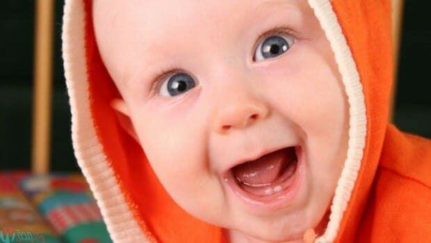 كيف تعتني بأسنان طفلك الناشئة 1