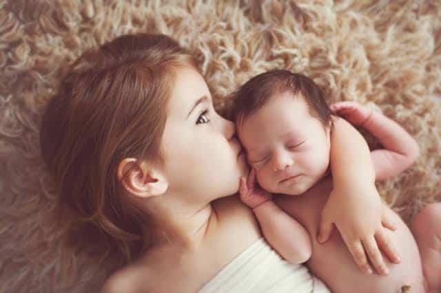 ما هو الفاصل الزمني المناسب بين الطفل الأول والثاني؟ 5
